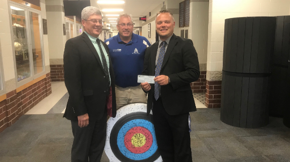 Antwerp Conservation Club Donates to Physical Education Archery Program