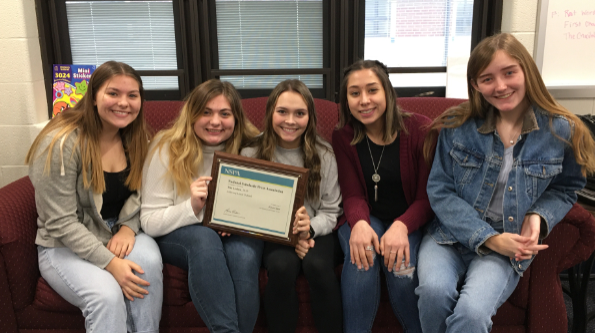 Archer Yearbook Staff Wins NSPA Award