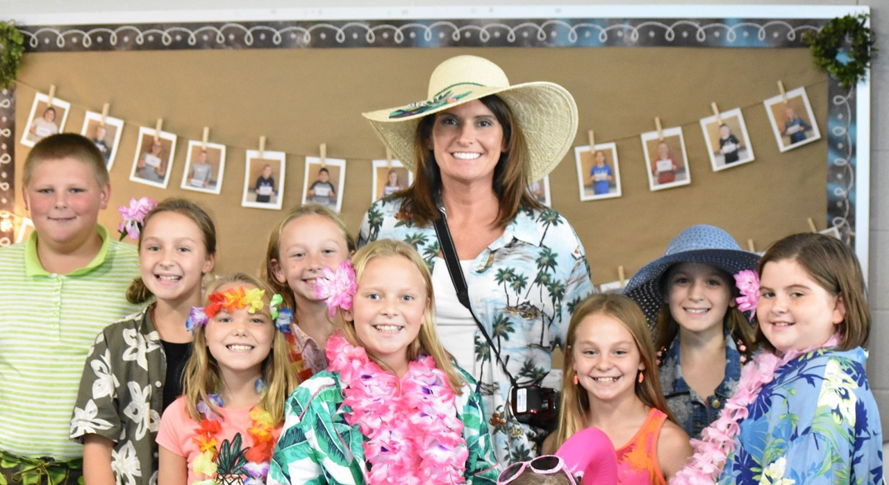 Mrs. Recker's fifth grade students show their spirit on Tacky Tourist/Hawaiian Day of Spirit Week.