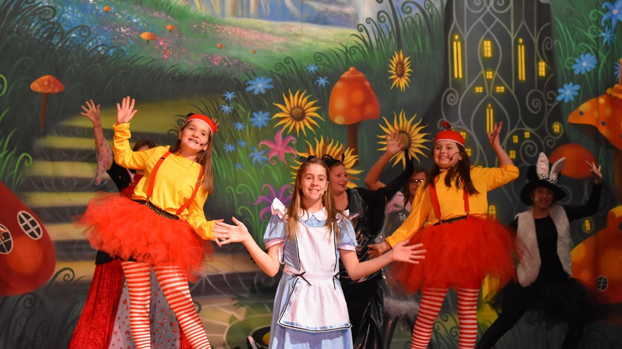 Alice in Wonderland, Jr. preview
