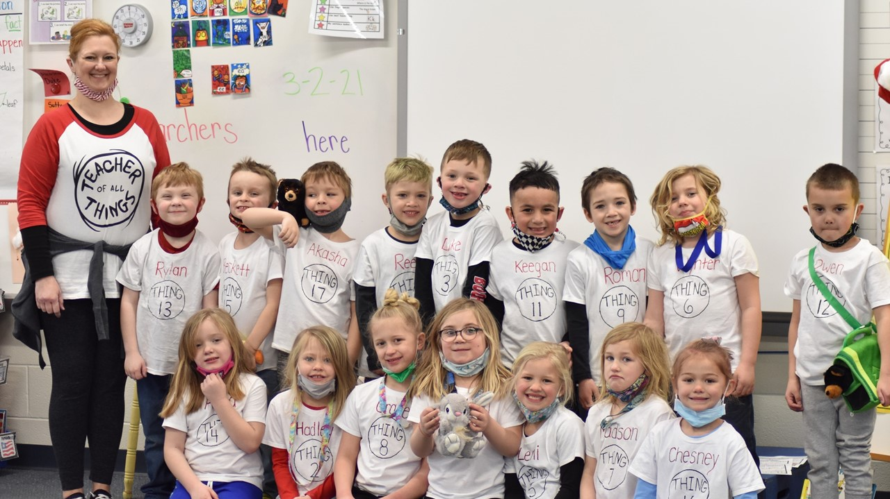 Mrs. Kennedy's kindergarten class in Thing 1 & Thing 2 shirts