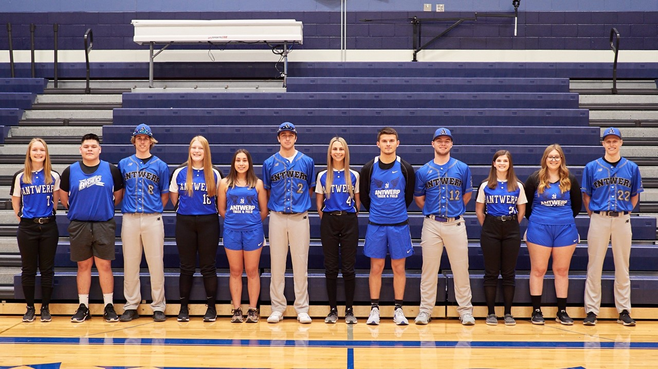 senior spring athletes